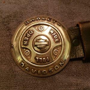 Harley-Davidson leather belt w/buckle Size 42
